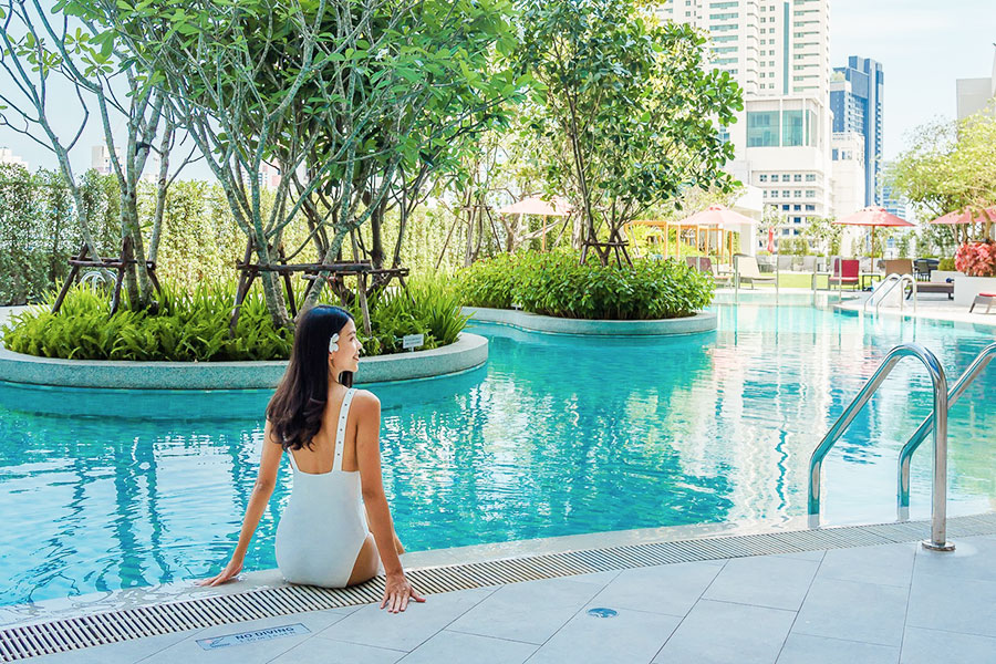 Swimming pool - Amari Watergate Bangkok